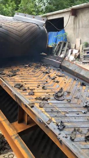 机油滤芯破碎机工作视频